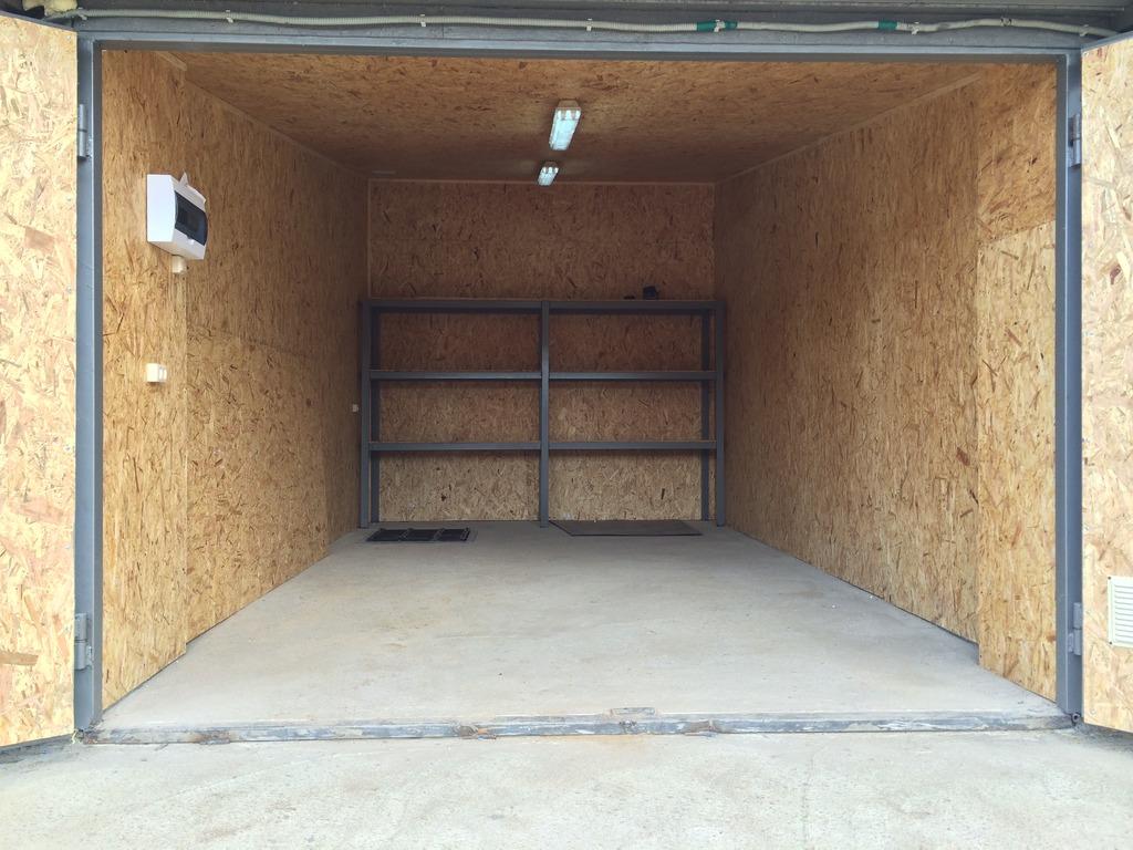 Бетонирование пола гаража